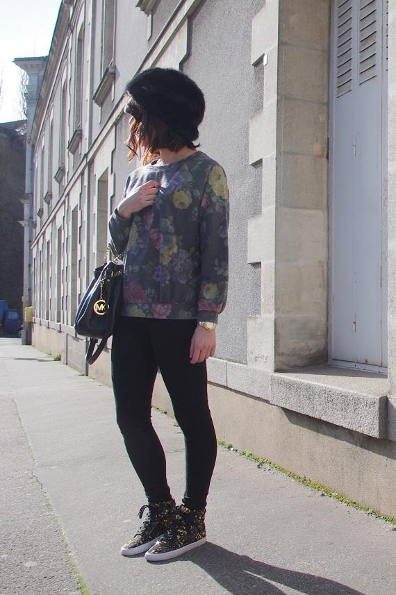 sweat Urban Outfitters slim noir Topshop