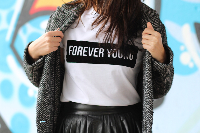 t-shirt FOREVER YOUNG BisKuit Paris