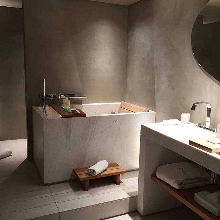 Paris avec salle de bain chambre et dressing sous for Salle de bain paris