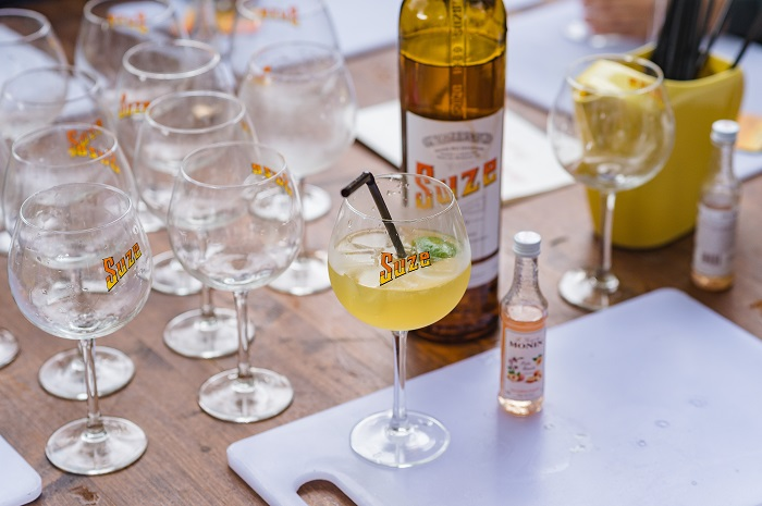 Suze Spritz cocktail